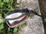 WILSON DEEP RED LOB WEDGE - LW golf, pánská, prodloužený šaft +1 inch