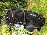 WILSON GOLF STAND BAG lehký a velmi praktický- černý - SLEVY