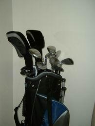 Pánský golf set Regal Golf PROGRESSIVE se 2 hybridy, GRAFIT nebo OCEL,  SUPER SLEVA - VÝPRODEJ - zvětšit obrázek