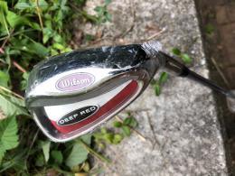 WILSON DEEP RED LOB WEDGE - LW golf, pánská, prodloužený šaft +1 inch - zvětšit obrázek