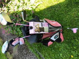 Dívčí golfový set 5-8 let - Dunlop Golf Kid - s nebo bez hybridem - různé barvy bagu - zvětšit obrázek